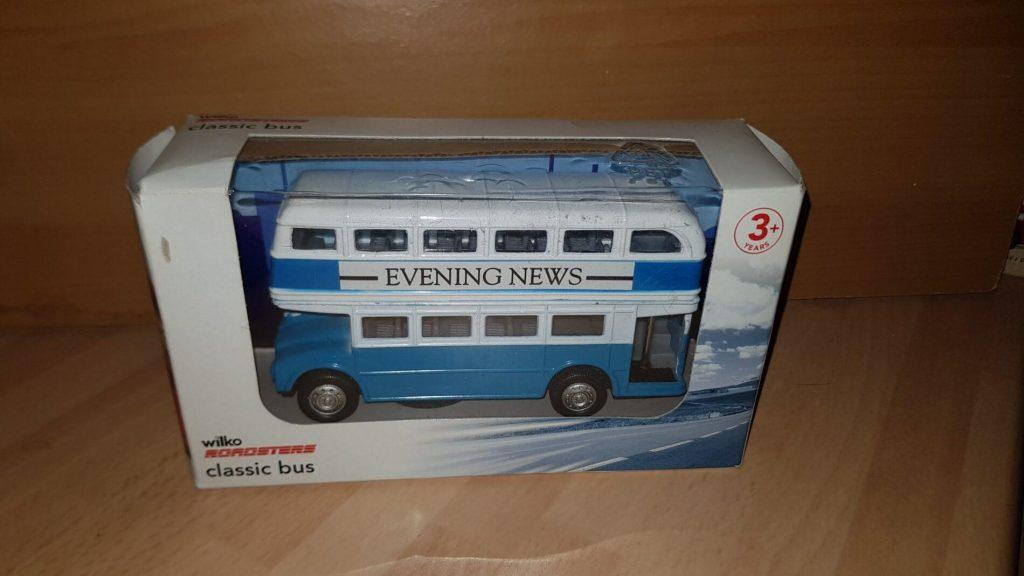 Evening News - Classic Bus - Blue & White - Wilko Roadsters