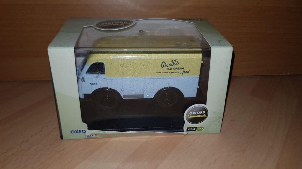 CA001 - Oxford Commercials - Bedford CA - Milk Float Unigate