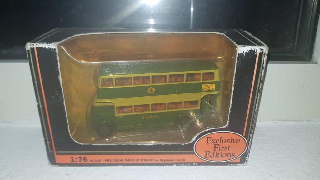 EFE DAIMLER UTILITY 'GREENLINE' BUS - No 26402 - 1.76 SCALE